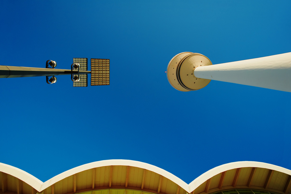 30x40--201104--Lampe-mit-Turm-7446-sh-sRGB.jpg