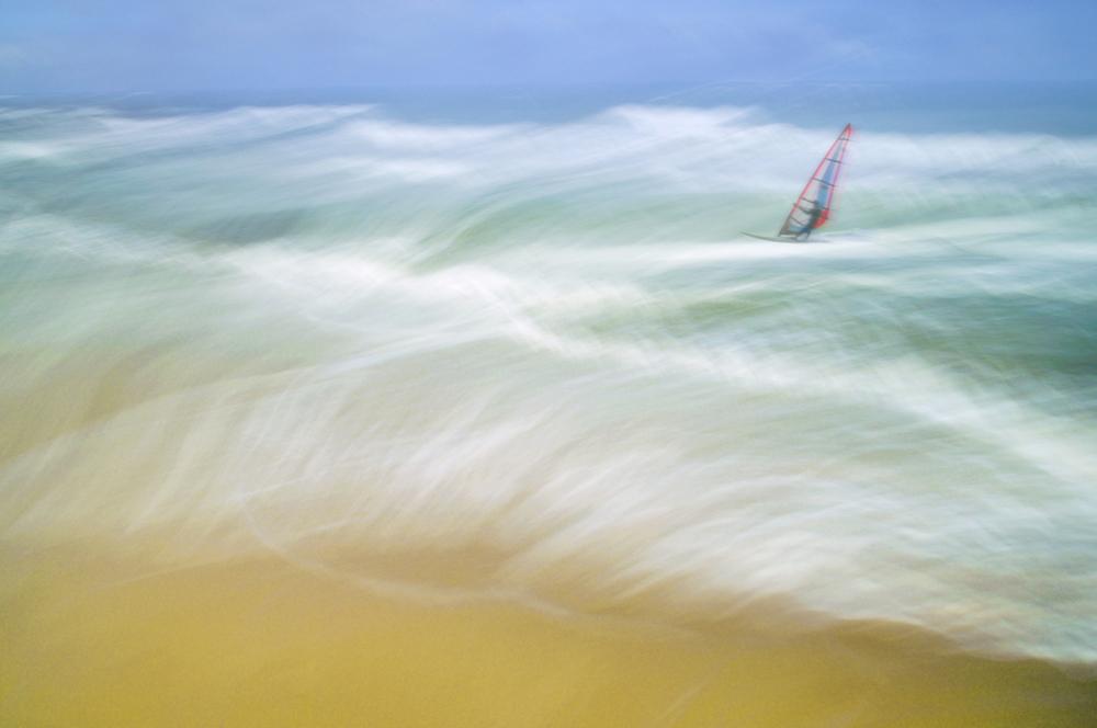 30x40--200810--waves-water-surfing-03nn-fm-sRGB.jpg