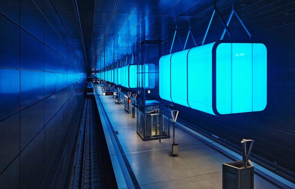 30x40  201502  track U4 blue n 4520 sh sRGB.jpg