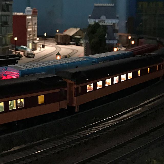 The warm glow of streetlights momentarily break up the darkness of rural Appalachia. #hoscale #hoscaletrains #garfieldcentralrailroad #modelrailroad #modelrailway #modeltrains #modeltrain