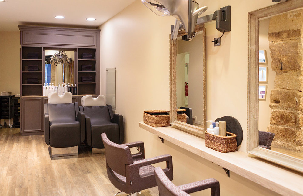 hair-salon-elodie-euston-interior-shampoo-station-03.jpg