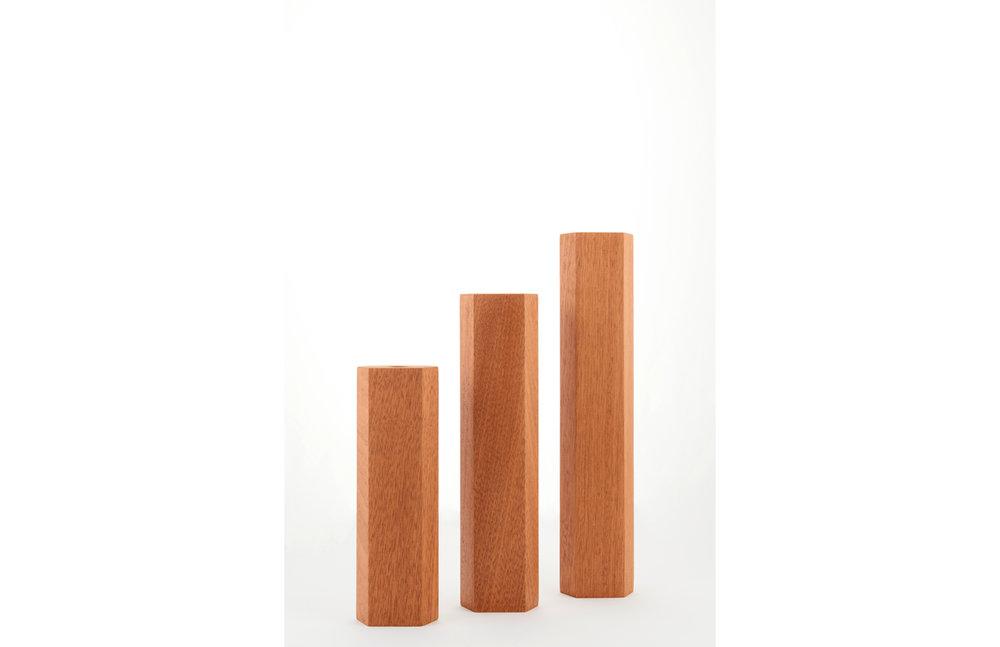 Vase_wood_design_01.jpg