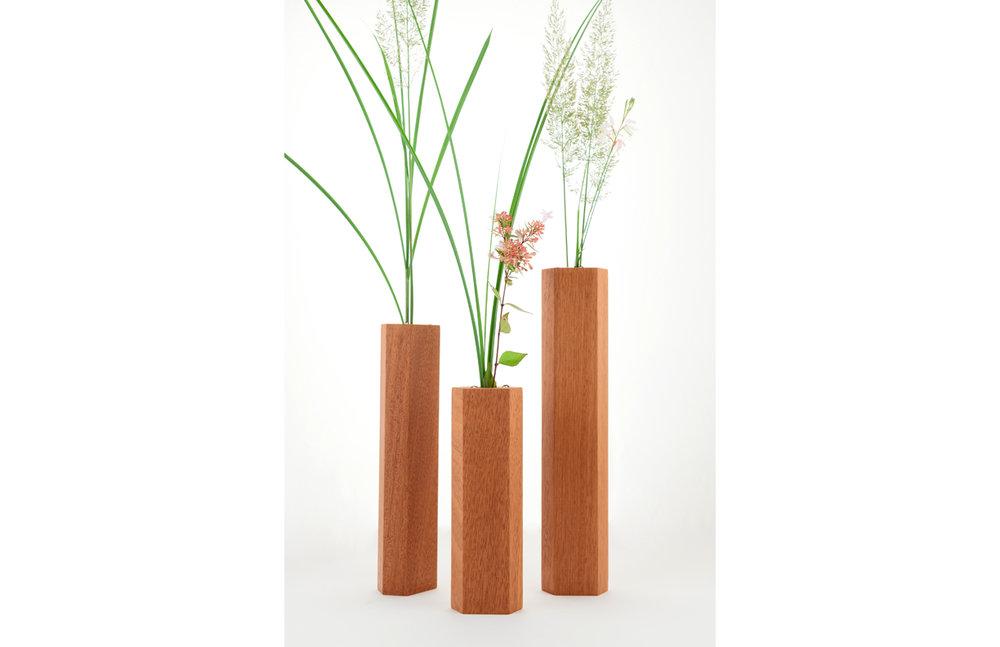 Vase_wood_design_02.jpg