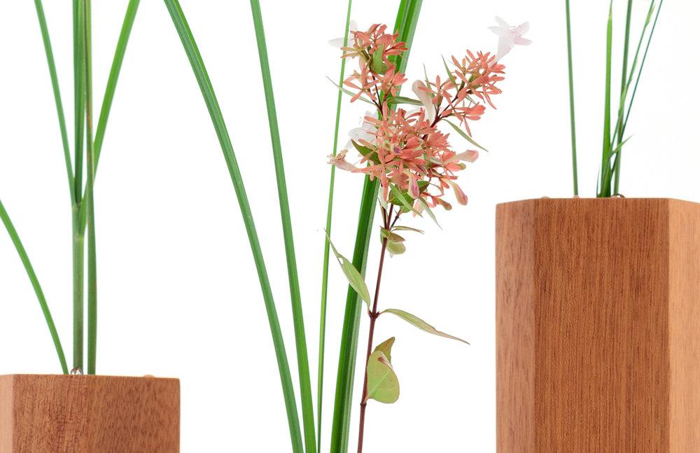 Vase_wood_design_04.jpg