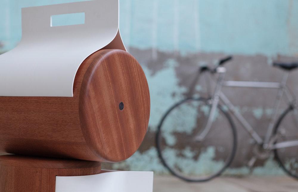 Stool_Wood_Leather_Design_10.jpg