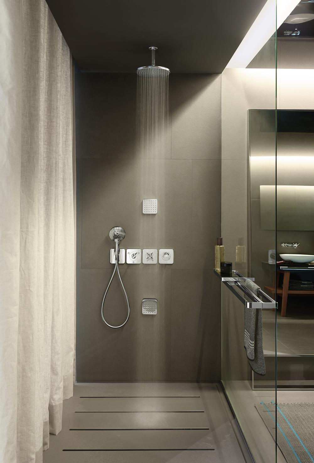 Axor_Citterio_E_Ambience_Shower.jpg
