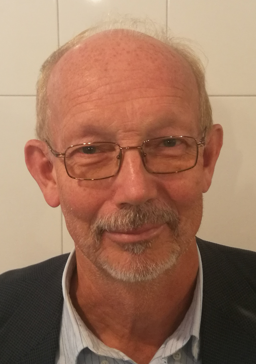 Roland Öster - FounderEkonomi/ProjektchefEmail: Roland@nordictile.se