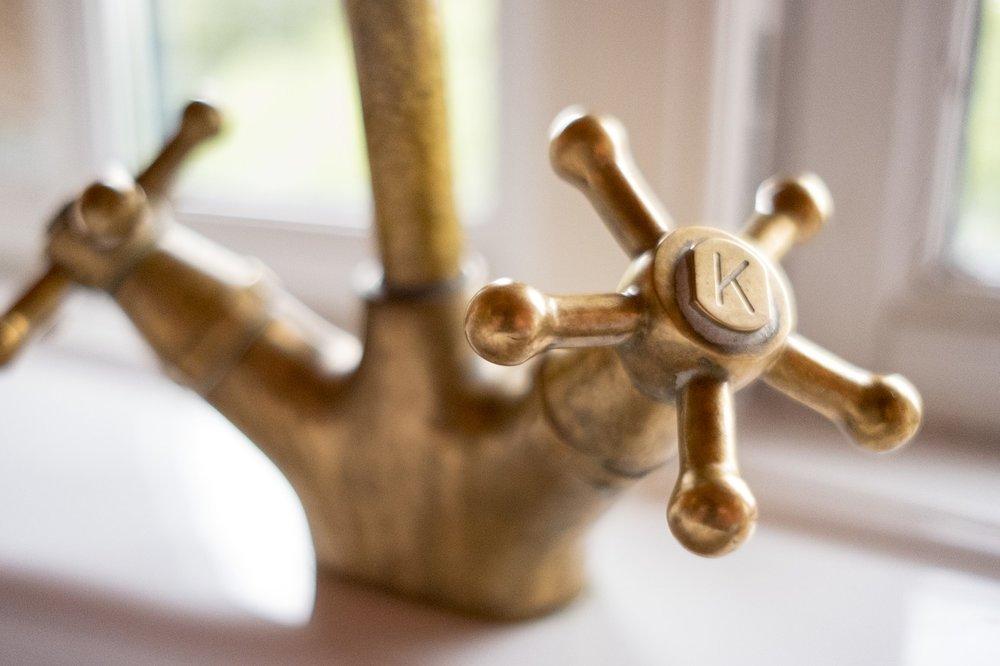Inredning lantligt badrum.jpg