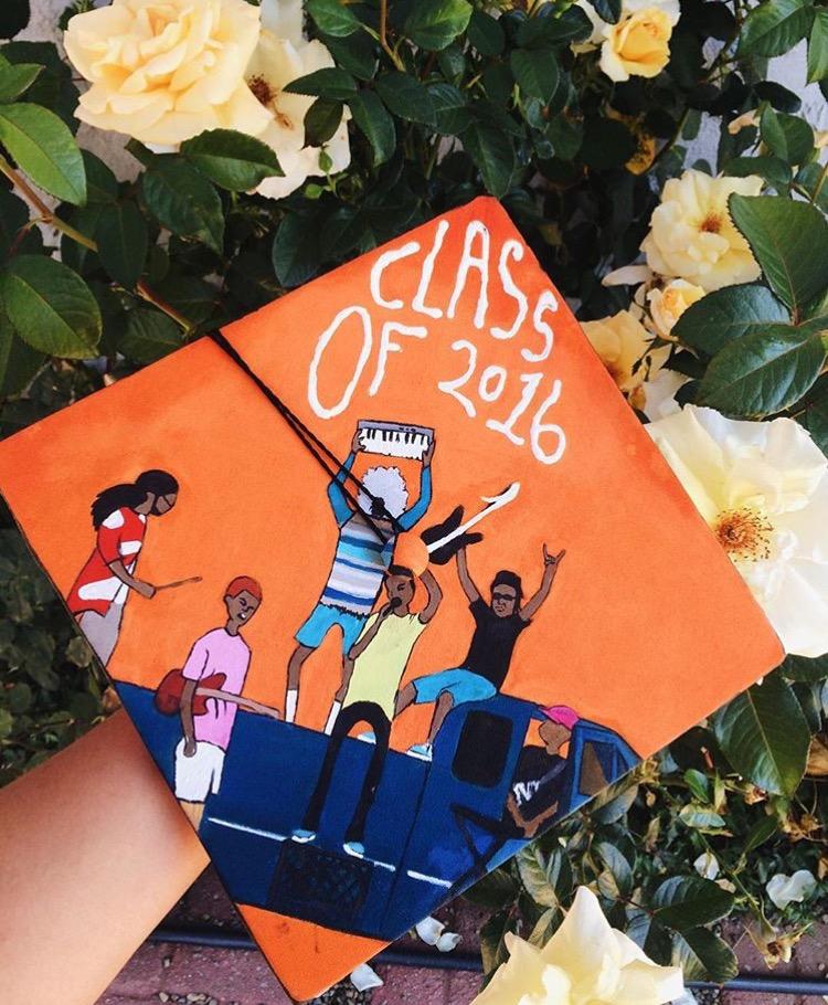 @alyssaaguzman's amazing graduation cap of @theinternet, made by @jimmygarlin.