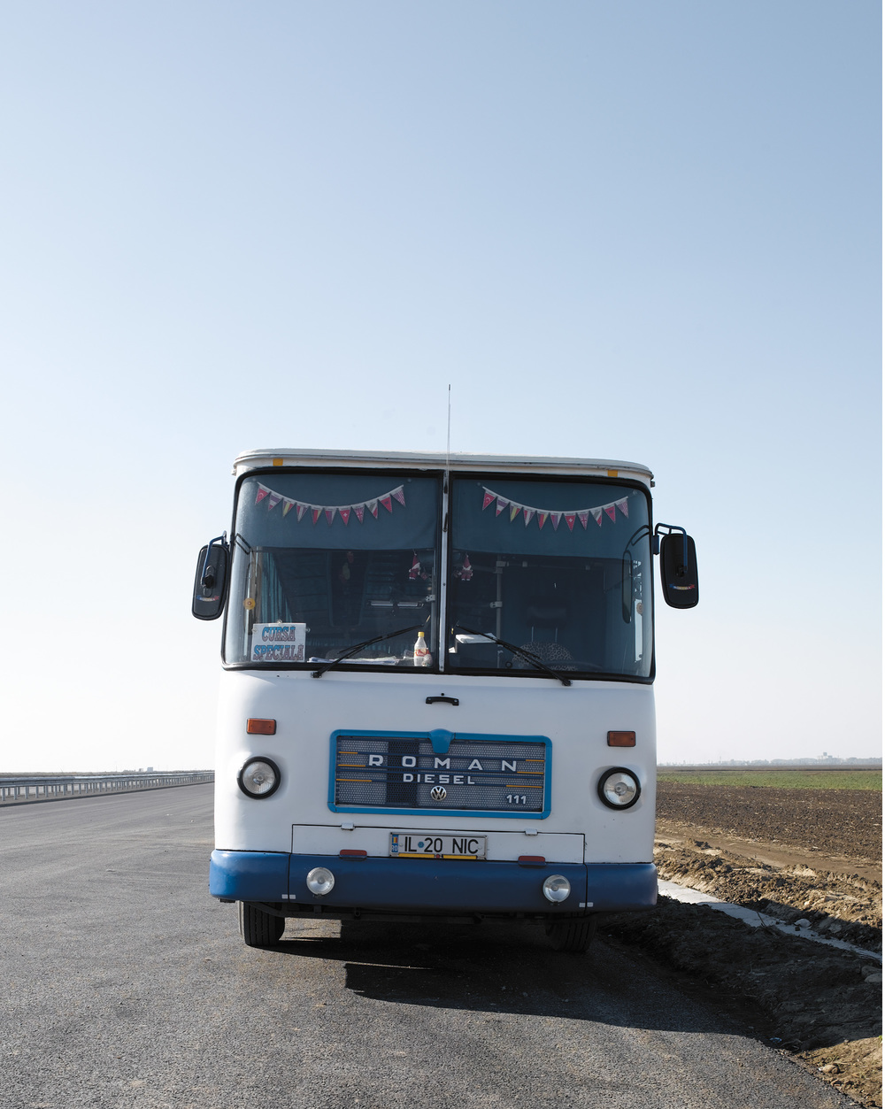 48-bus.jpg