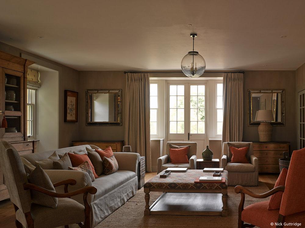 Duntisbourne_House_N615.jpg