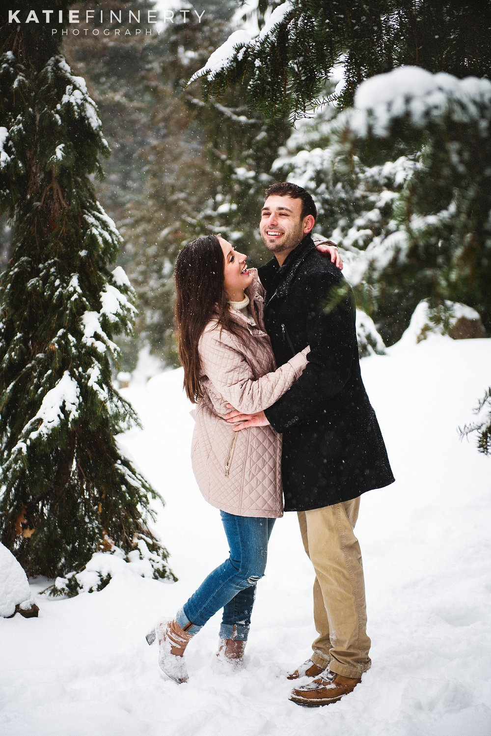 Highland Park Rochester Winter Forest Engagement Session