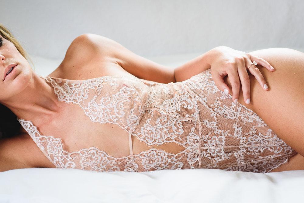 Stephanie Boudoir 25.jpg
