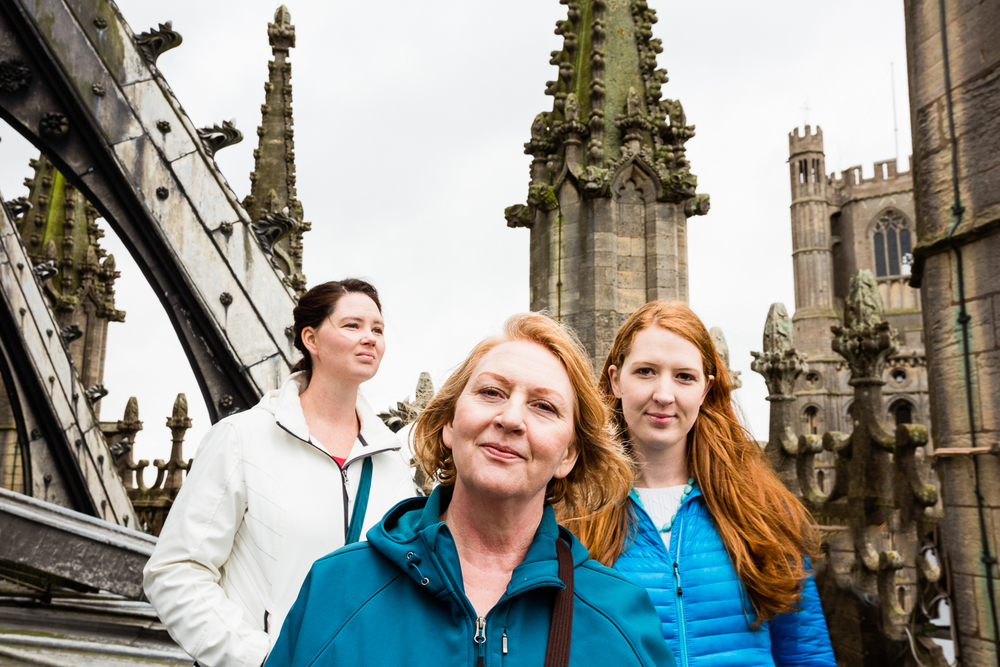 adventure-travel-photography-becky-brockie-cambridgeshire-ely-cathedral-mom-sisters.jpg
