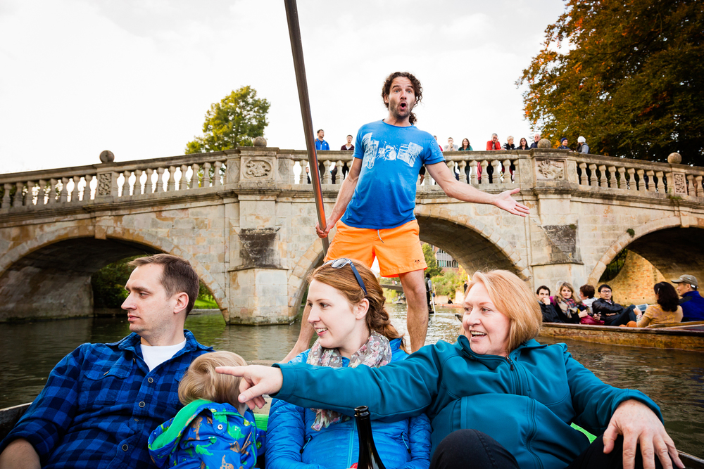 adventure-travel-photography-becky-brockie-england-cambridge-punting.jpg
