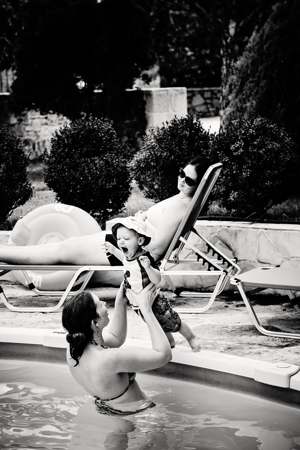 adventure-travel-photography-becky-brockie-greece-sister-son-pool.jpg