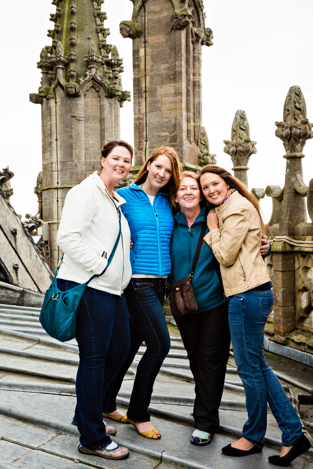 cambridgeshire-ely-cathedral-mom-sisters.jpg