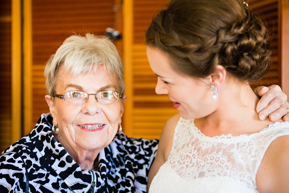 absaroka-beartooth-wilderness-montana-wedding-grandma-hugs-bride.jpg
