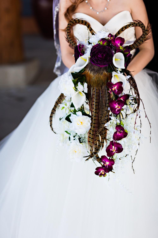 big-sky-montana-winter-wedding-breanna-first-look-bouquet.jpg
