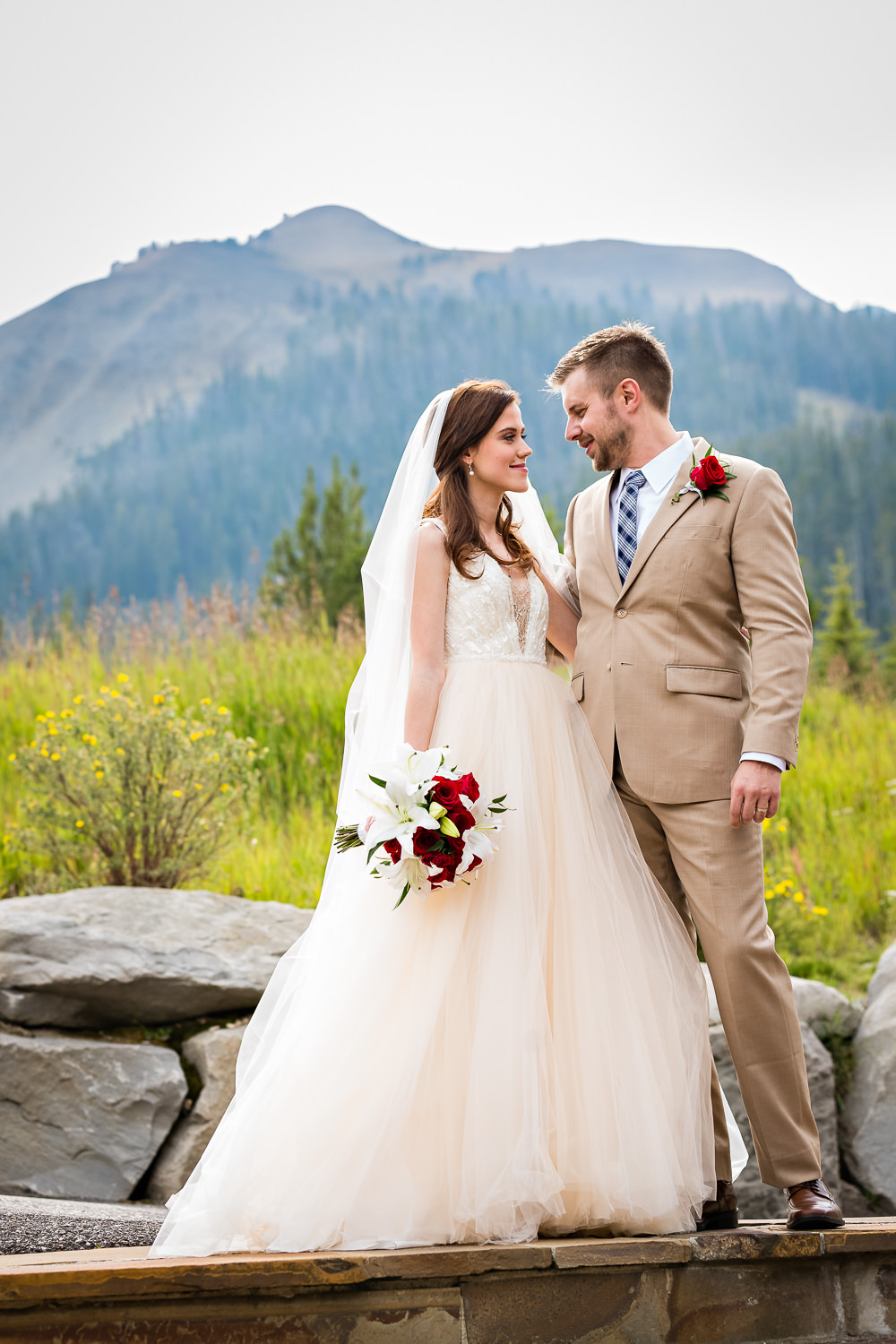 big-sky-wedding-becky-brockie-photography-lone-peak.jpg