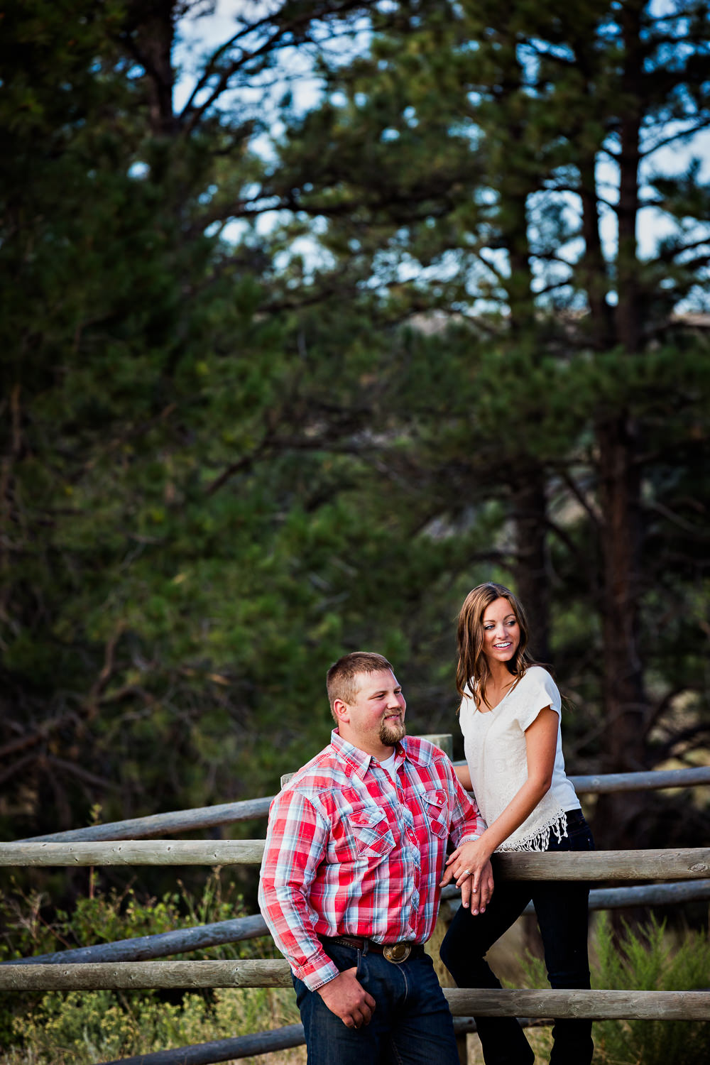 billings-montana-engagement-session-couple-looks-off-camera.jpg
