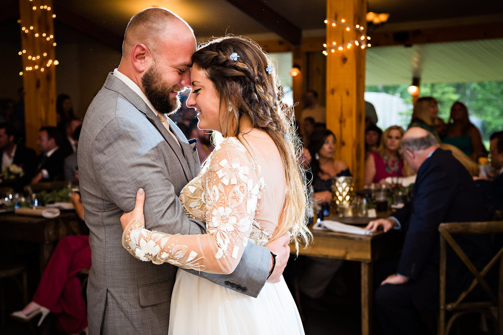 bozeman-hart-ranch-wedding-bride-groom-first-dance.jpg
