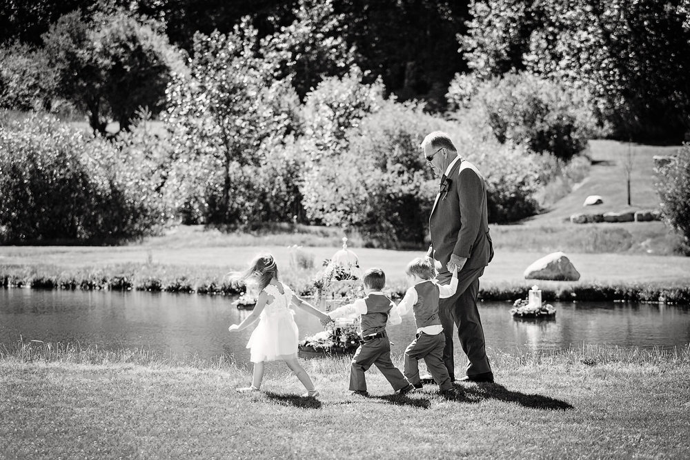 red-lodge-montana-wildflower-wedding-brides-father-and-grandchildren.jpg