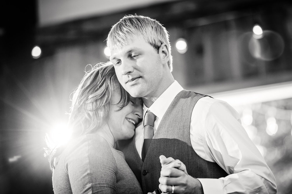 red-lodge-montana-wildflower-wedding-mother-son-first-dance.jpg