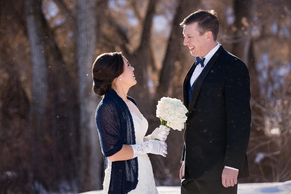 billings-montana-wedding-winter-father-daughter-first-look.jpg