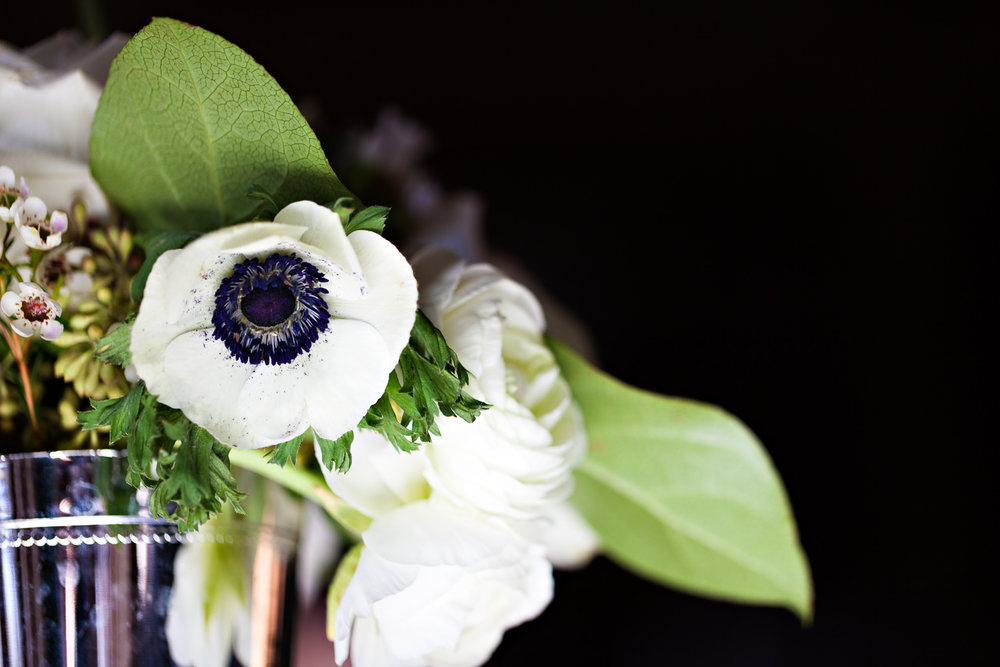 big-sky-winter-wedding-flower-bouquet.jpg