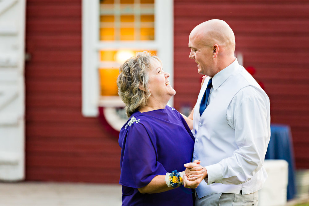 bozeman-wedding-roys-barn-groom-mother-dance.jpg