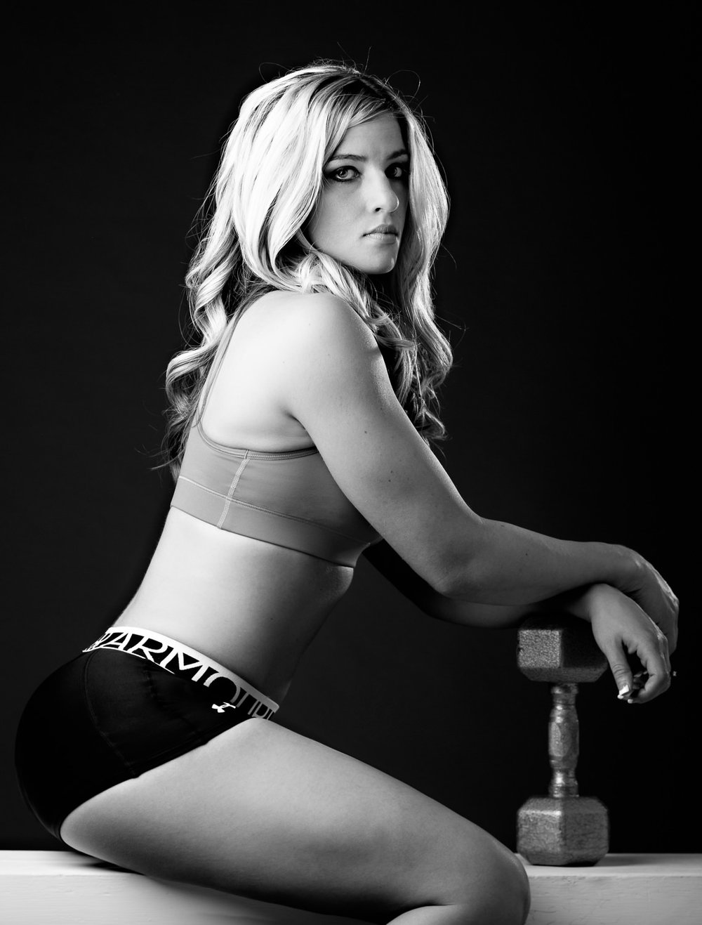 billings-montana-boudoir-photoraphy-woman-fitness-underarmour.jpg