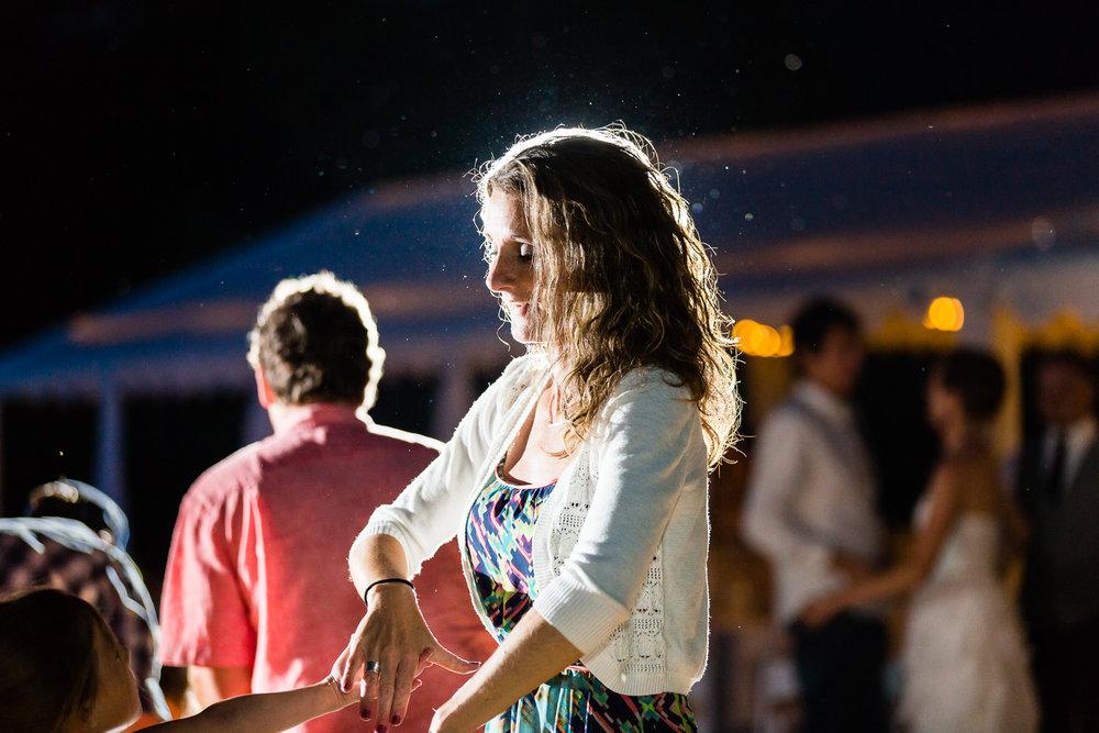 bozeman-montana-wedding-female-guest-dancing.jpg