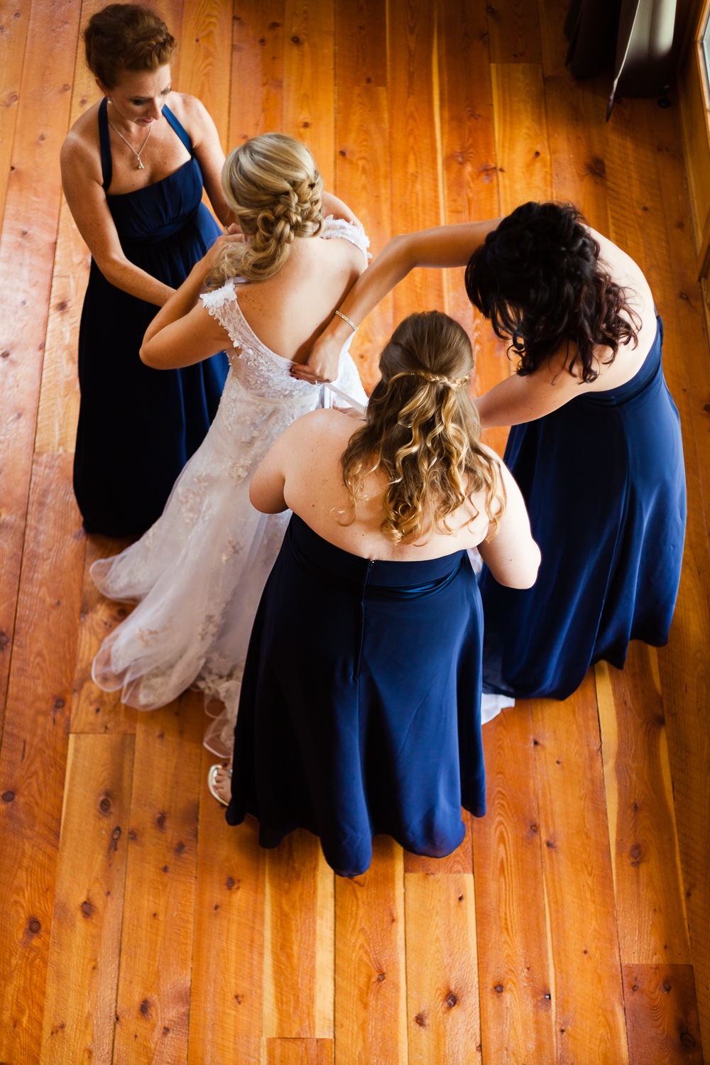 bozeman-montana-wedding-roys-barn-bridesmaids-dress-bride.jpg