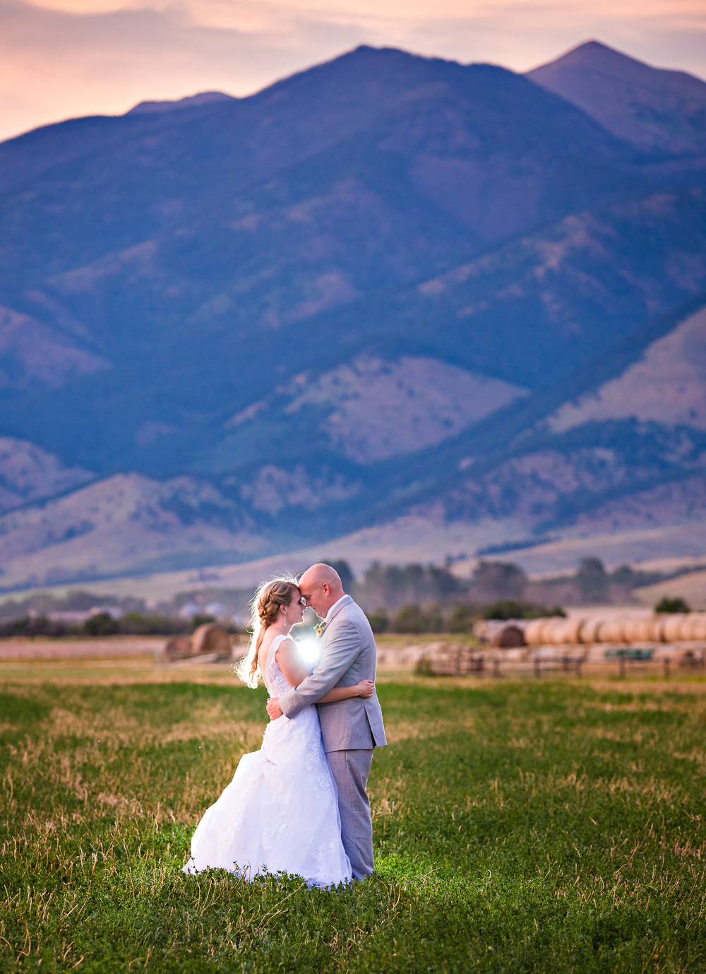 bozeman-montana-wedding-roys-barn-sunset-photo-bridger-mountains.jpg