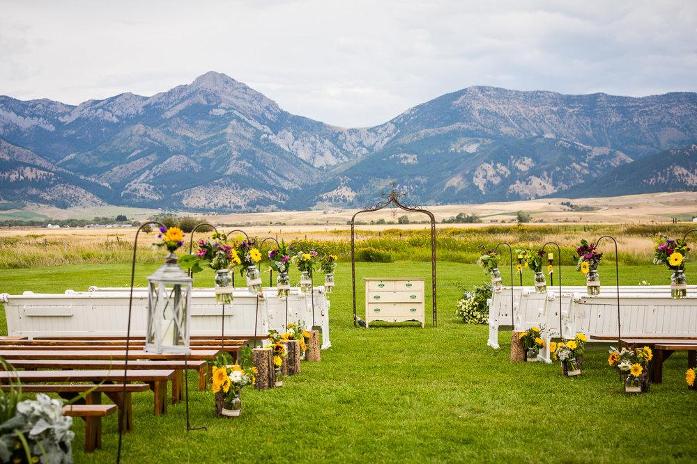 bozeman-wedding-big-yellow-ceremony-aisle.jpg