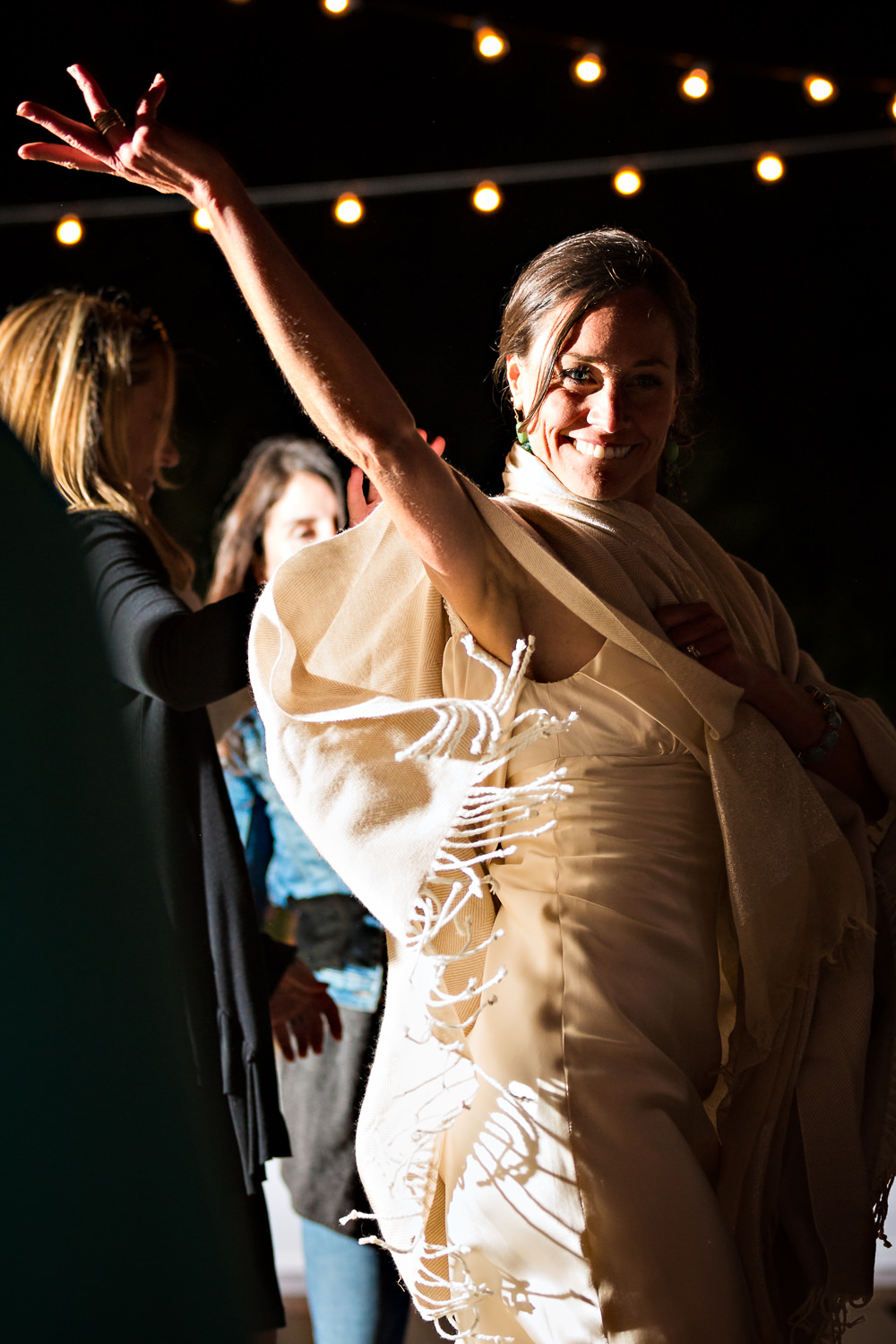 mcleod-montana-wedding-bride-dances-to-celebrate.jpg