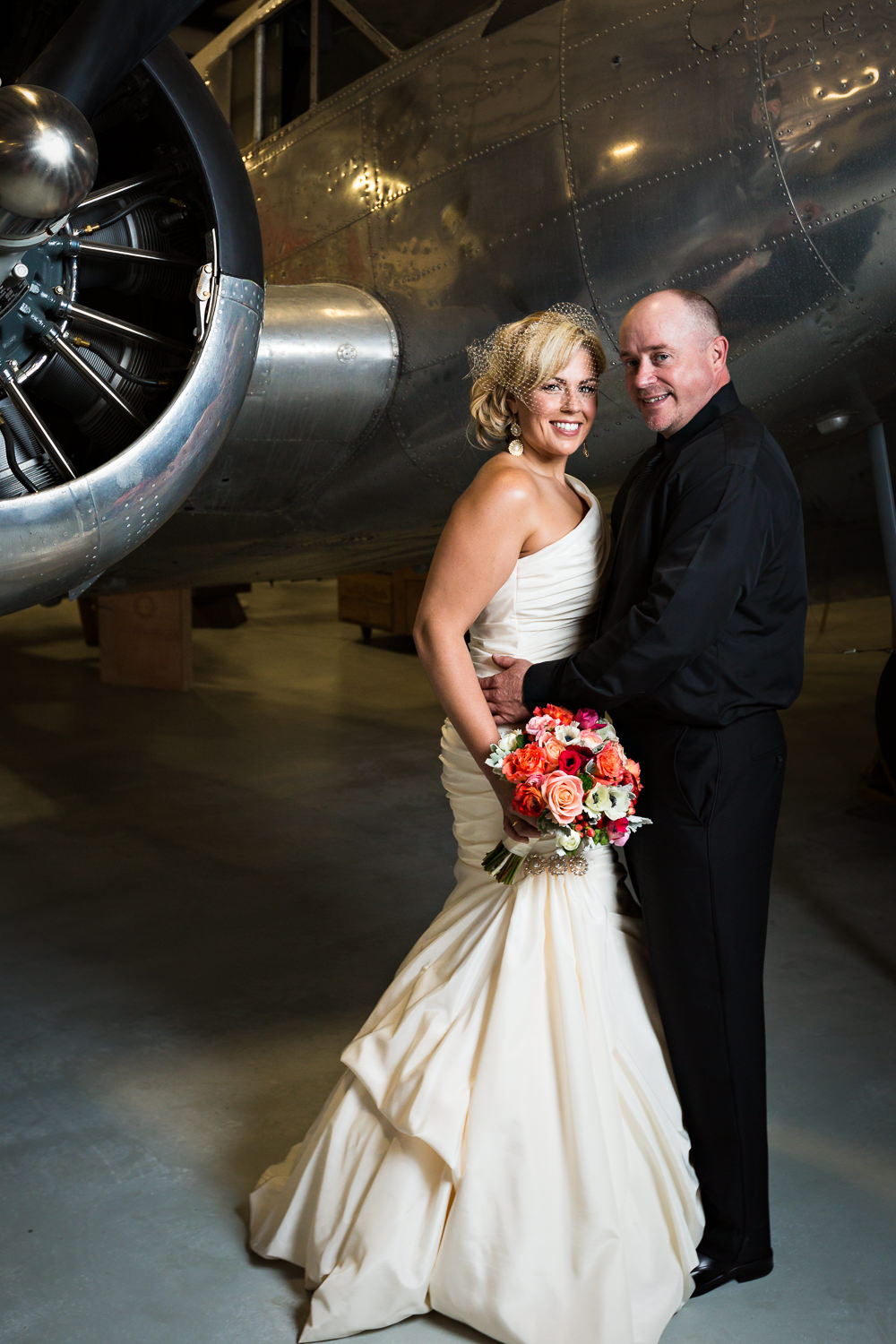 missoula-museum-mountain-flying-wedding-couple-traditional-formal.jpg