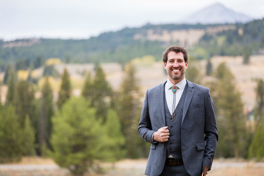 big-sky-montana-gallatin-riverhouse-wedding-groom-formal.jpg