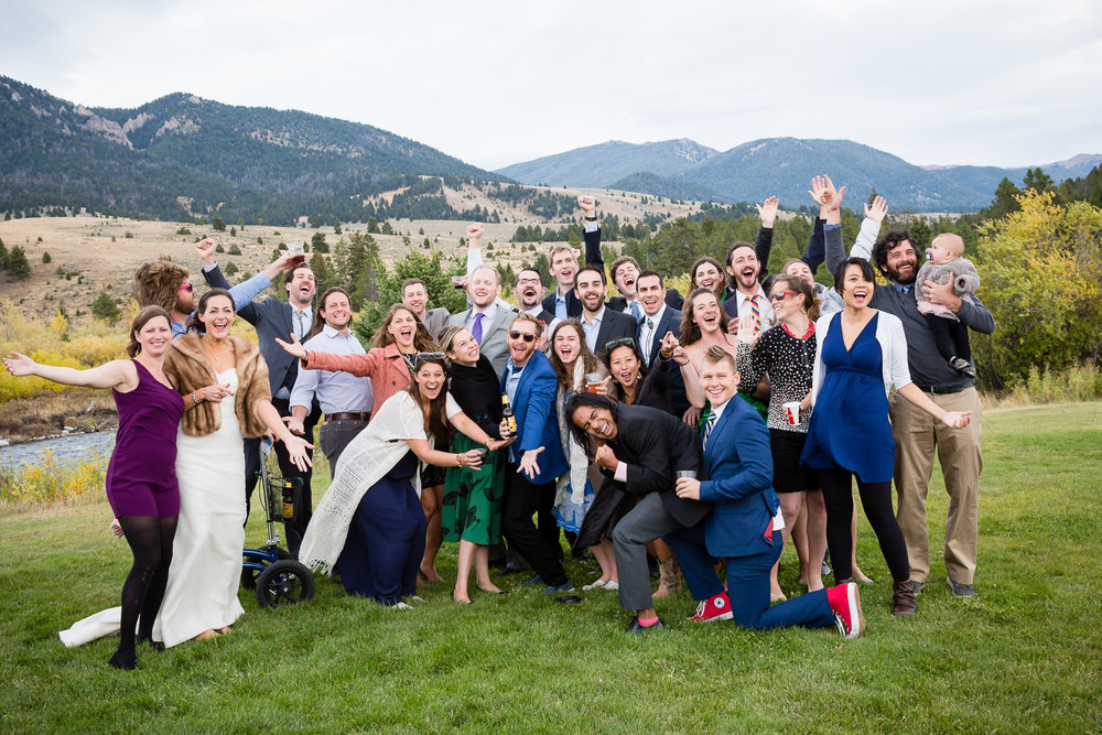 big-sky-montana-gallatin-riverhouse-wedding-frisbee-team.jpg