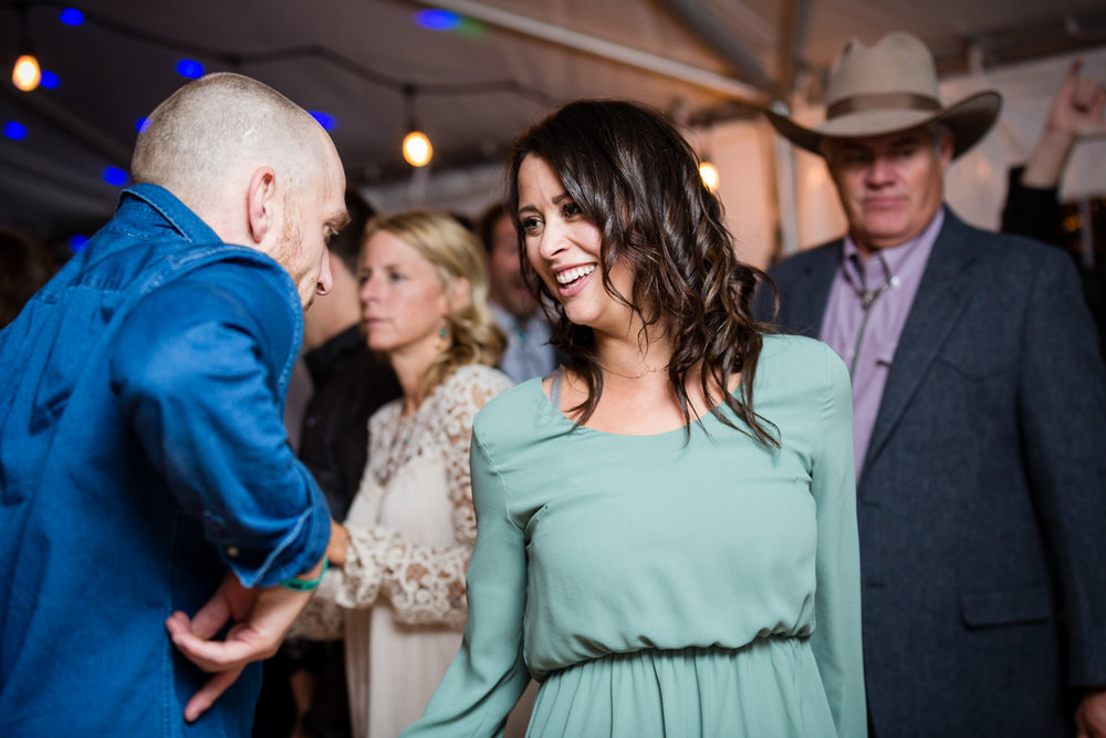 big-sky-montana-gallatin-riverhouse-wedding-guests-dancing.jpg