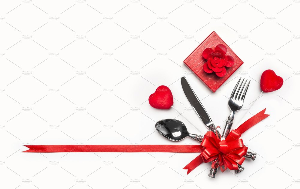 Saturday, February 9th , our Youth Group will host a Valentine's Day Teen Dinner! Teenagers tend to be on the poor side… but this event will help them raise money so they can have a blast at our summer camps. Come on down and eat a delicious meal served by our Youth Group!   First time: 5:00pm    Second time: 6:30pm   Please,  RSVP to Vicar@abidinggrace.com  so we can have a good count on how many people will be there!
