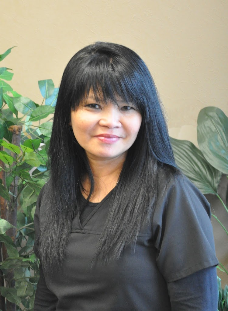 Ivy_Loredo_Hand_Care_Institute_Administrator