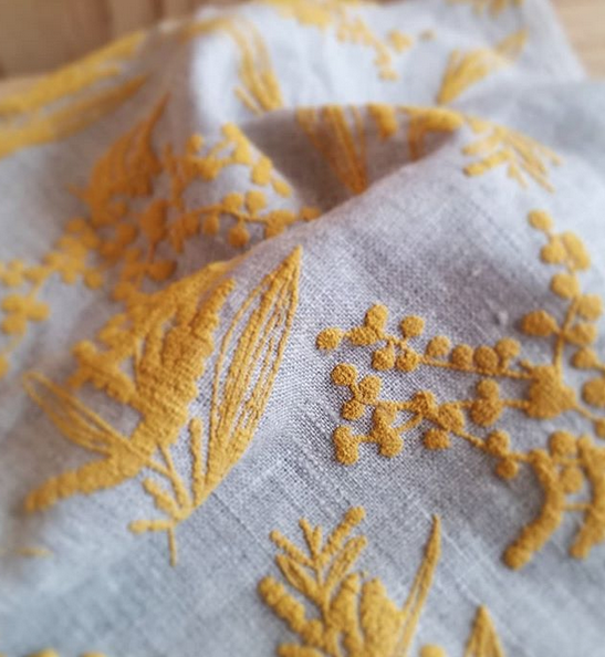 Wattle Puff Print on Flax Linen by Femke Textiles. Photo by Simone Deckers.