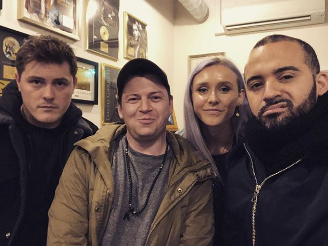 Great meeting with this talented bunch! Plans hatched 🥚 . Stay tuned!🤘🐾 . . #music #meetings #recordingartist #songwriters #writers #sessions #tileyardstudios #london #newmusic #writingsession #vocals #pop #rap #publishing #label #projects #sing