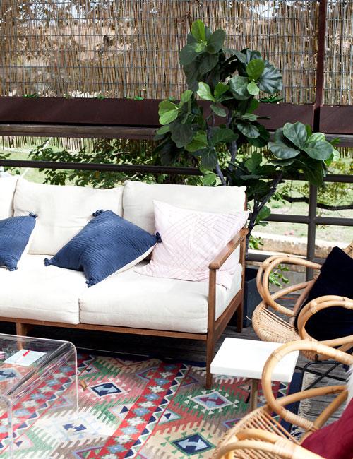 lounge_500x650.jpg
