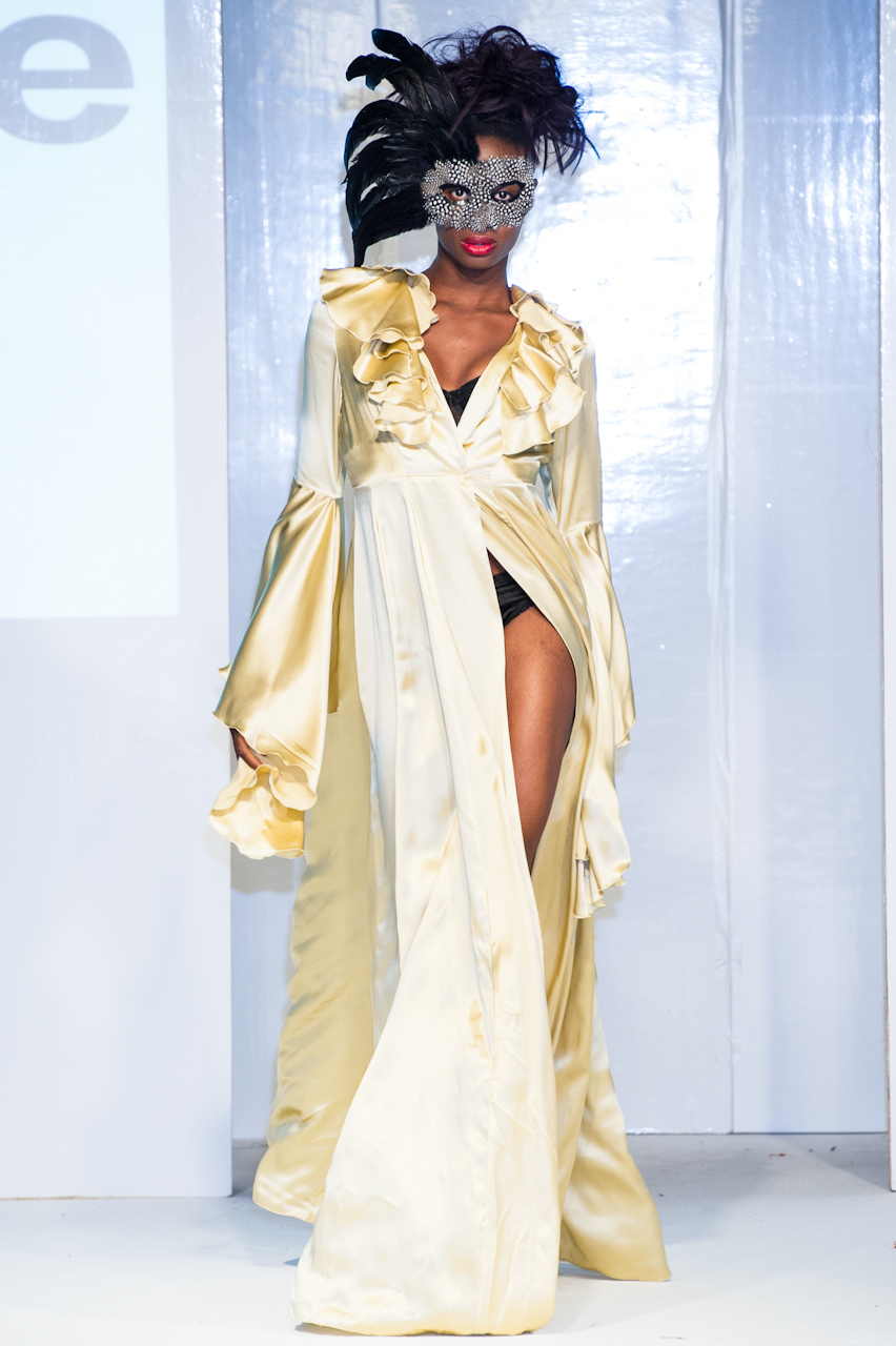 afwl2012-patience-please-001-simon-klyne.jpg