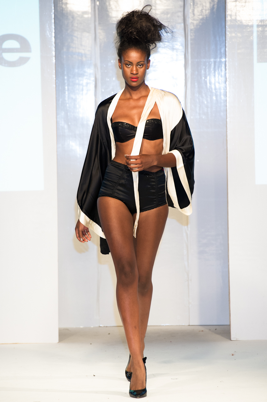 afwl2012-patience-please-005-simon-klyne.jpg