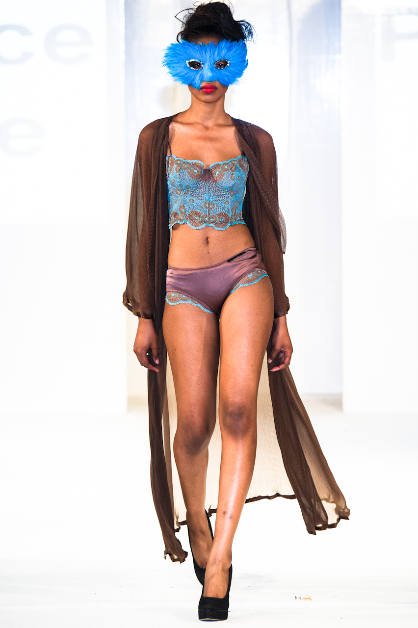 afwl2012-patience-please-015-simon-klyne.jpg