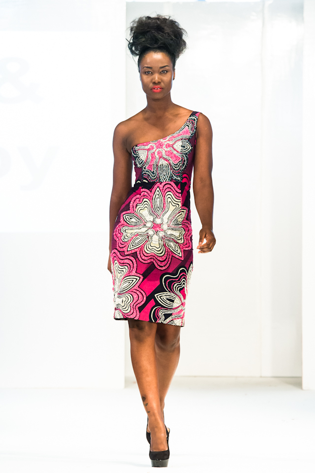 afwl2012-ella-and-gabby-002-karyn-louise.jpg